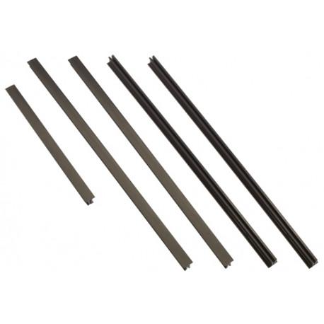 APC - Kit de garnitures pour rack - noir - pour P/N: AR3103SP, AR3106SP, SMX1500RM2UCNC, SMX750C, SMX750CNC, SRT5KRMXLW-TW